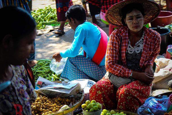myanmar rangun merchant woman
