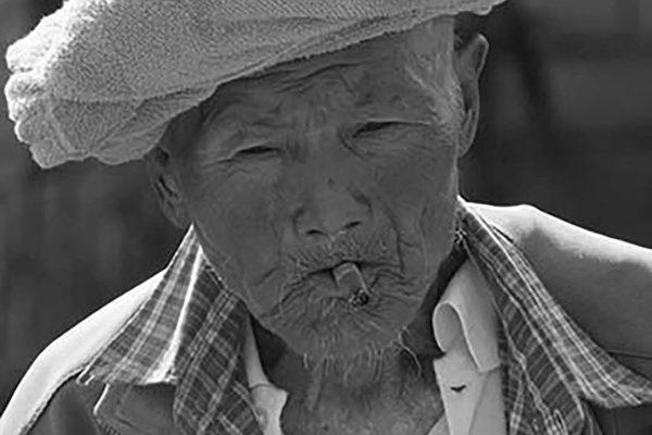 Myanmar oldman inle lake